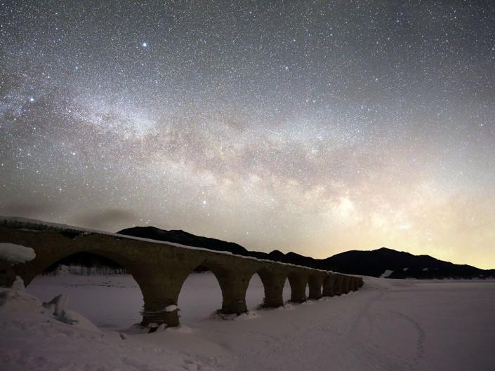 タウシュベツ橋梁 星空
